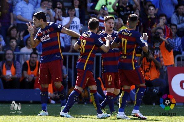 Barcelona  venceu o Granada por 3 a 0
