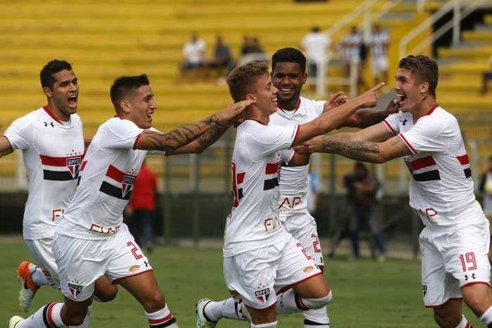 Reservas do São Paulo vencem titulares do Botafogo no Rio (Crédito: Reprodução)