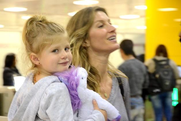 Gisele e a filha (Crédito: Reprodução)