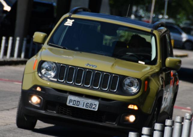 Jeep chama 24.599 unidades do Renegade para recall