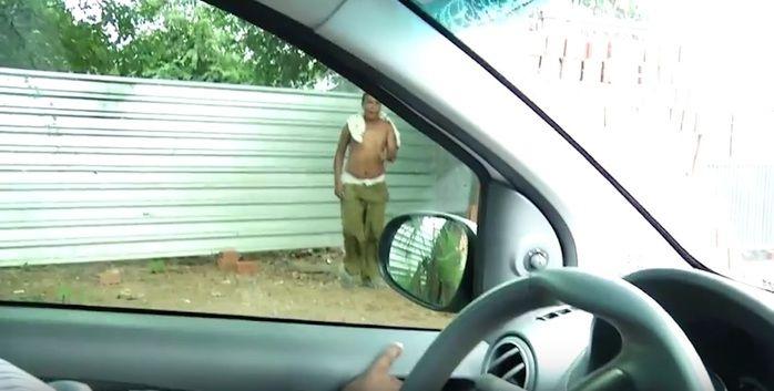 Traficante confunde policial com usuário (Crédito: Reprodução)