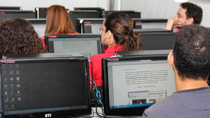11 cursos de 9 faculdades não podem negociar novos contratos do Fies, Prouni e Pronatec