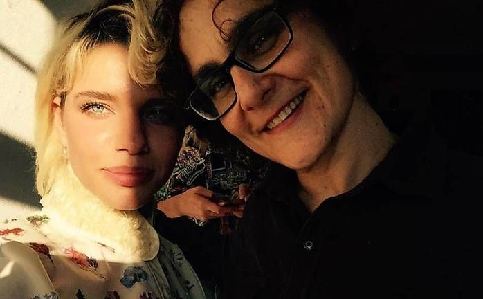Bruna Linzmeyer e a namorada (Crédito: Reprodução)