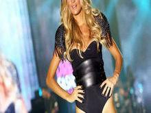 Raquel Dias entrevista a modelo piauiense Schynaider Gardero