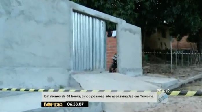Casa onde os jovens foram assassinados (Crédito: Reprodução/TV Meio Norte)