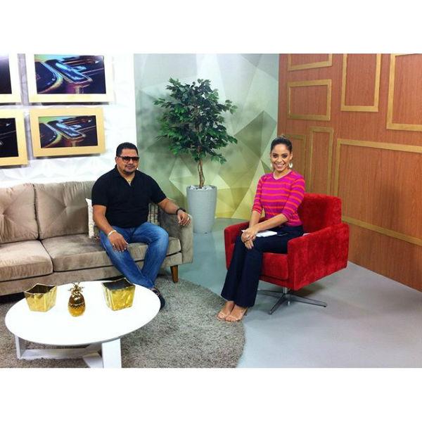 Raquel Dias entrevista o cantor Zezo