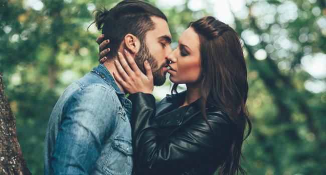 Beijar de olhos fechados é algo praticamente instintivo