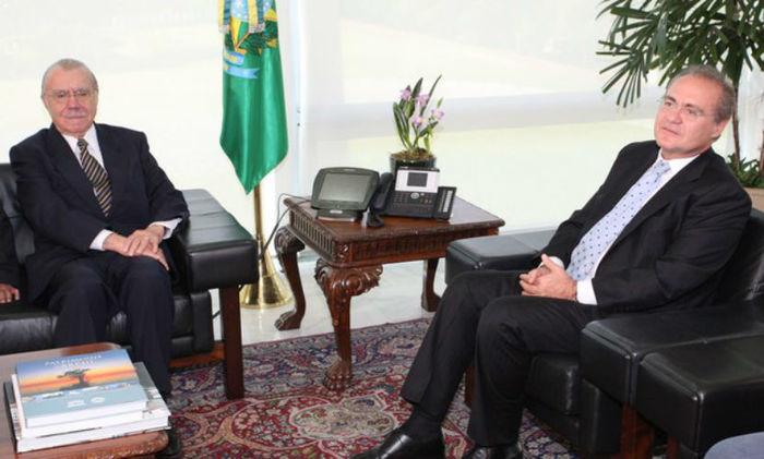 Renan Calheiros e José Sarney (Crédito: O Globo)