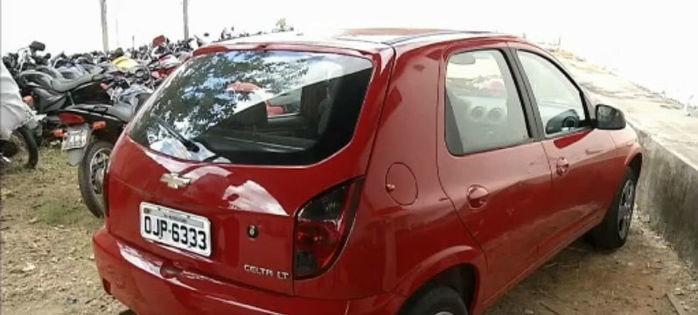 Veículo modelo Celta recuperado pela Polinter