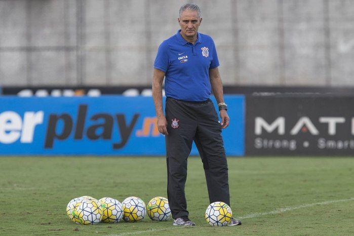 Tite vive momento ruim no Corinthians