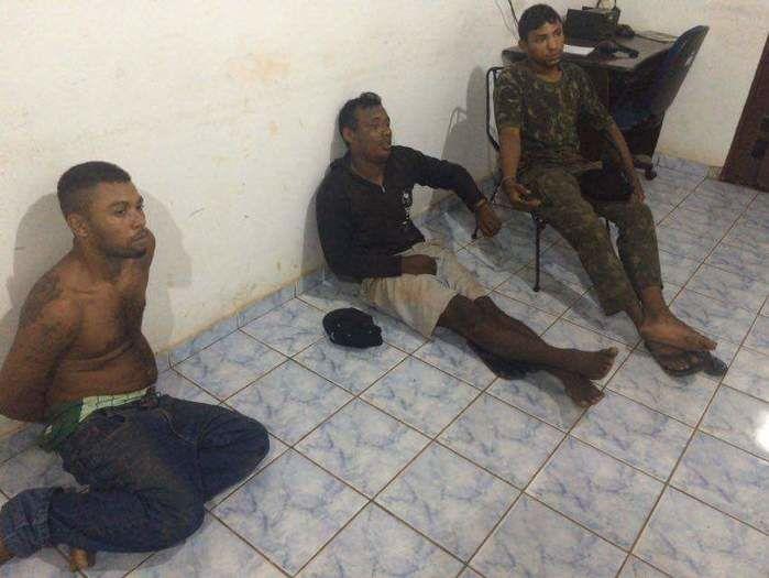 Três dos quatro acusados presos ao tentar atravessar o rio Parnaíba