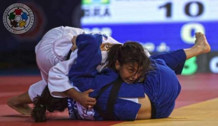 Sarah Menezes conquista medalha de prata