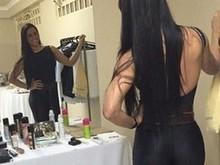 Graciele Lacerda exibe bumbum em forma e se autoelogia em foto