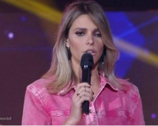 Fernanda Lima surgiu com olho inchado