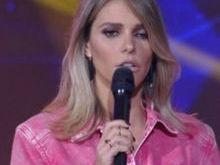 Fernanda Lima aparece com o olho inchado e deixa fãs intrigados