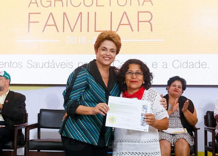 Dilma lançou o Plano Safra da agricultura familiar. (Crédito: Agência Brasil )