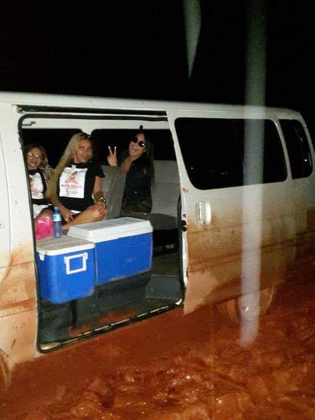 Carro de Mulher Melancia atola no Suriname ( (Crédito: Arquivo Pessoal )