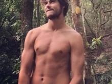 Rafael Vitti divulga suposta nude e fãs comentam na web