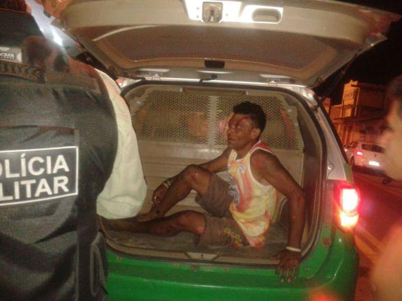 O condutor da moto foi detido