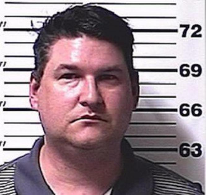 Pai preso após forçar a filha a se casar (Crédito: Reprodução)