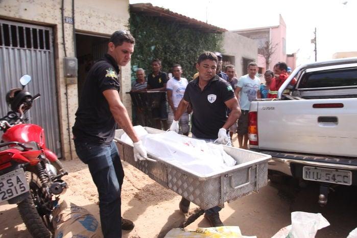 Corpo de Carlos Simonal de Sousa Ribeiro