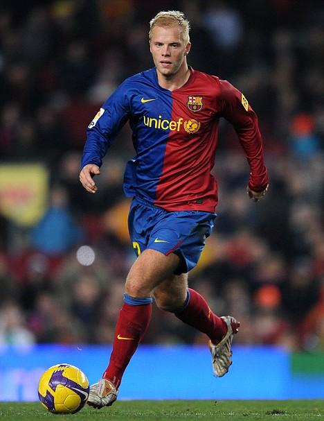 Gudjohnsen em jogo pelo Barcelona (Crédito: Reprodução)