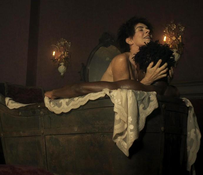 Cenas de nudez de Maitê Proença (Crédito: Reprodução/TV Globo)