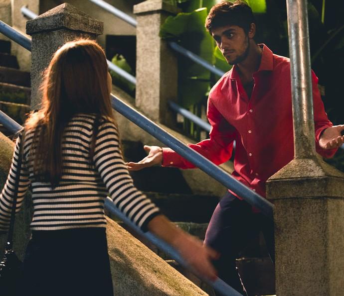 O casal discute após mudança (Crédito: Reprodução)