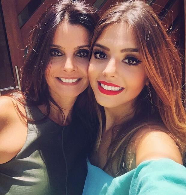 Giovanna e a mãe Giuliana (Crédito: Reprodução)