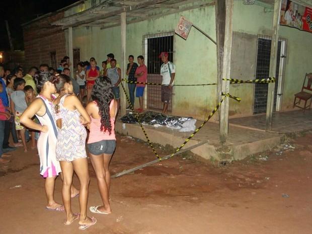 Homem morre a facadas ao abrir a porta de casa no Macapá (Crédito: Reprodução)