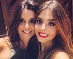 Confira mães e filhas famosas que mais parecem irmãs
