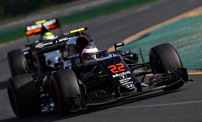 Jenson Button em ação pela McLaren na atual temporada (Crédito: Getty)