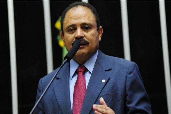 Deputado Waldir Maranhão anulou a tramitação do processo de Impeachment (Crédito: Reprodução)