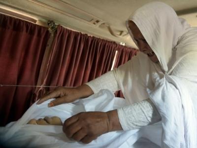 A jovem foi torturada e queimada viva
