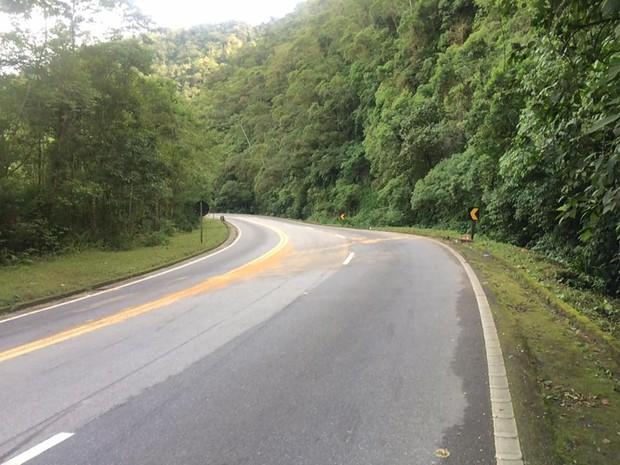 Curva onde ocorreu o acidente (Crédito:  Solange Freitas / G1)