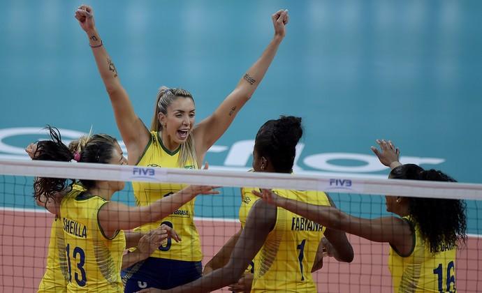 Brasileiras vibram com vitória