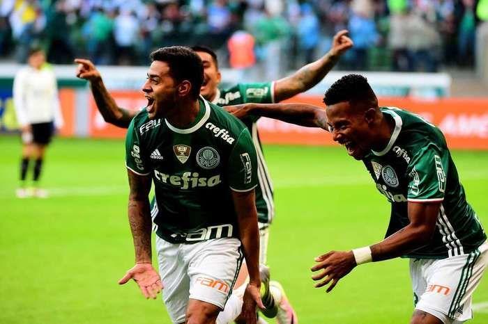 Cleiton Xavier comemora gol (Crédito: Reprodução)