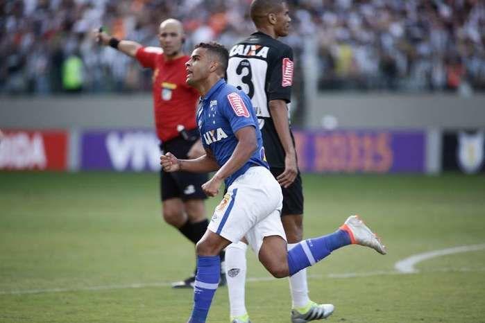 Cruzeiro e Atlético MG (Crédito: Reprodução)