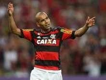 Empresário desmente que Emerson esteja insatisfeito no Flamengo