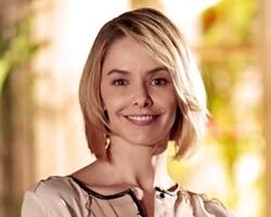 Atriz Bianca Rinaldi faz desabafo sobre estar na geladeira da Globo