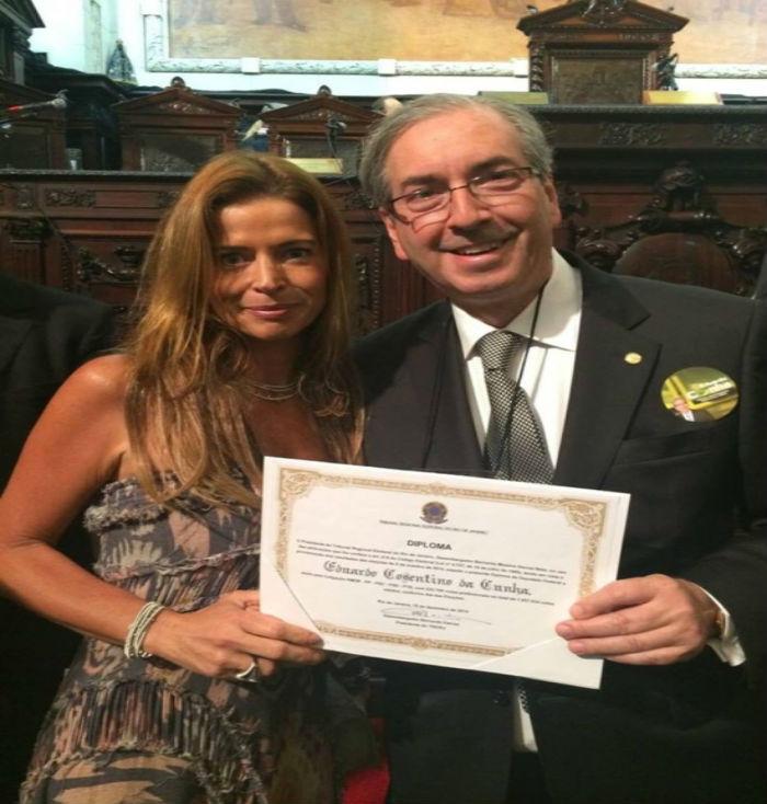 Claudia Cruz ao lado do marido Eduardo Cunha