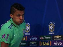 Por problemas pessoas, Luiz Gustavo pede dispensa da seleção