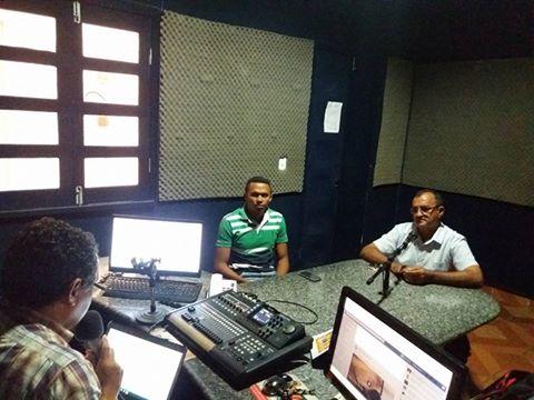 Nonato Barbosa concede entrevista ao radialista José Carlos Silva (Crédito: José Carlos da Silva)