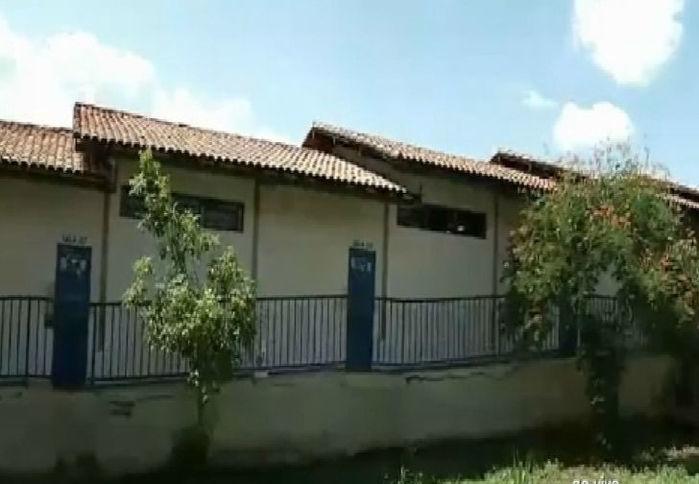 Escola onde ocorreu o assalto