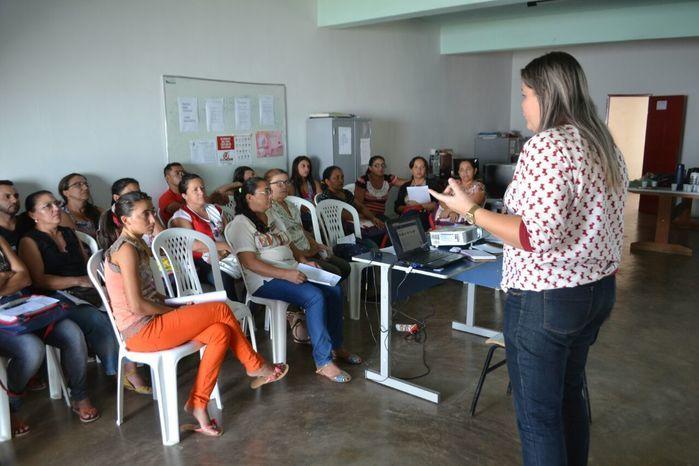 SME realiza reunião com professores do PNAIC - Imagem 6