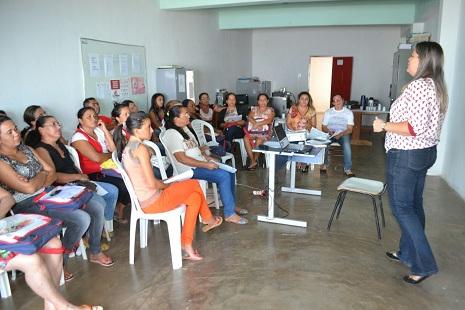 SME realiza reunião com professores do PNAIC