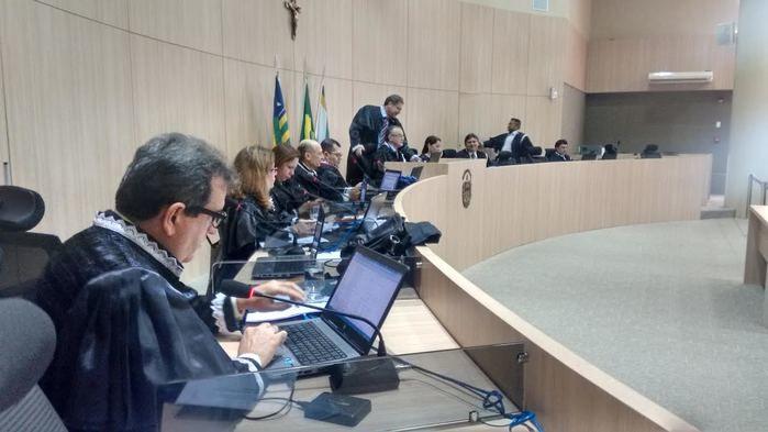 TCE vai propor TAC sobre responsabilidade de sepultamento de corpos