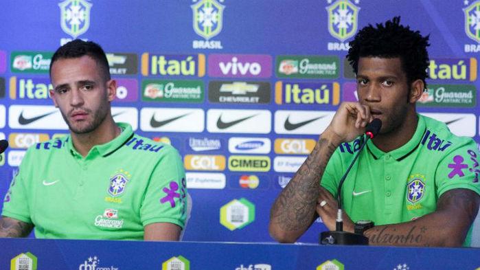 Renato Augusto e Gil (Crédito: FramePhoto)
