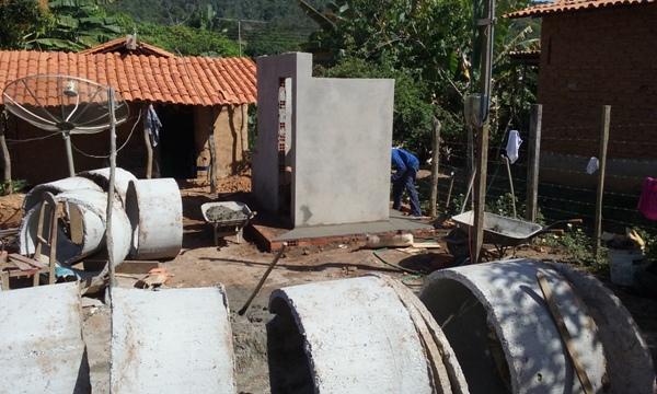 Prefeitura de Lagoinha constrói módulos Sanitários para a população