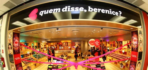 Empresa de cosméticos troca embalagens usadas por batom novo